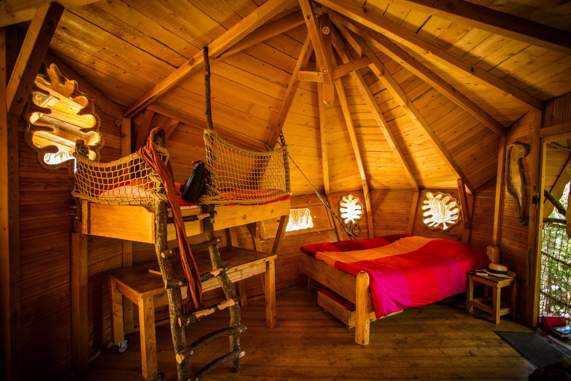 Photo 34 intérieur - cabane dans les arbres - hébergement insolite à Montpellier - Oenotourisme - Domaine saint Jean de l'Arbousier, Castries, Hérault