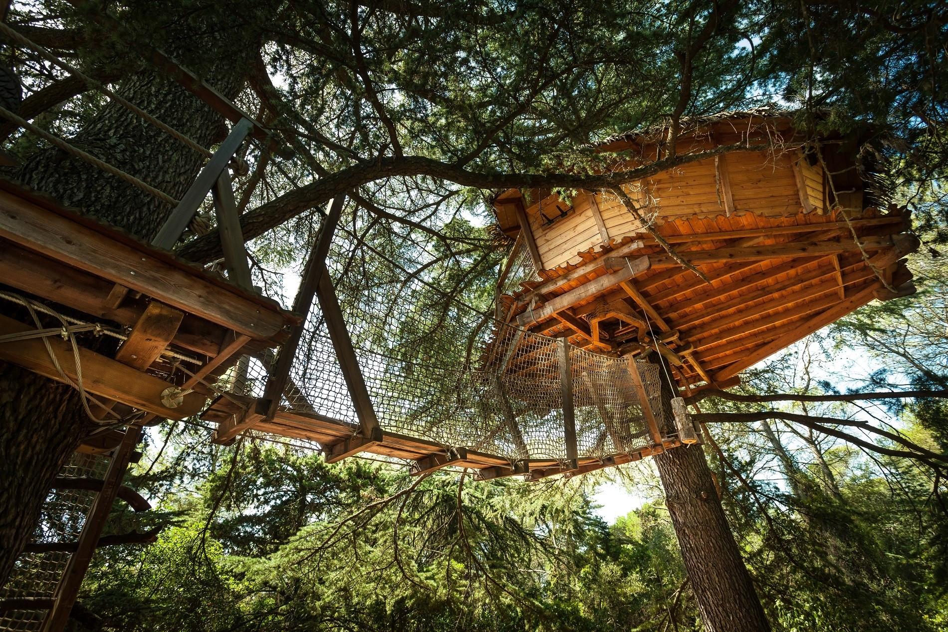 Photo 7 extérieur - Cabanes dans les arbres - Grand Duc -hébergement insolite à Montpellier - Oenotourisme - Domaine saint Jean de l'Arbousier, Castries, Hérault