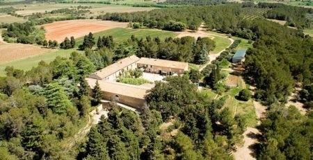 Vue aérienne du domaine Saint Jean de l'Arbousier