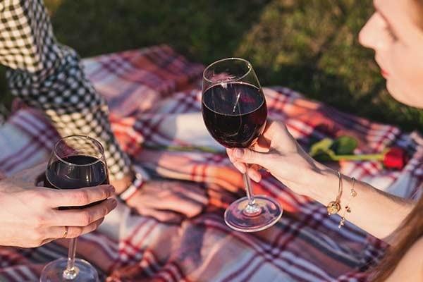 Dégustation vin rouge - Domaine Arbousier Castries - Terroir Hérault